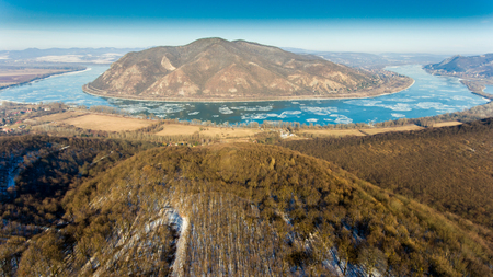 Ice drift on Danube river, Hungary, Visegrad. Aerial view hdr image Standard-Bild