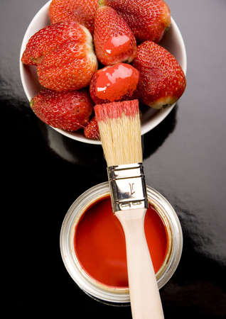 strawberies: Let your world be colourful!