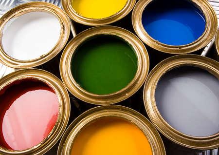 gold cans: Gold lattine
