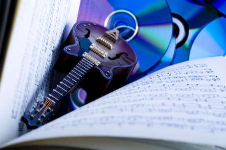 Notes & Guitar Stock Photo - 3273046