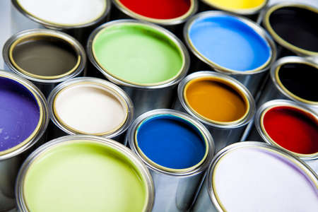 paint container: Multicolored