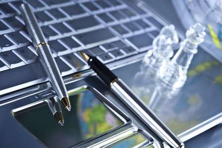Biznes pojęcia o długopis i szachy