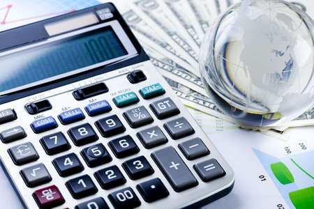 account statements: Diagram and calculator Stock Photo