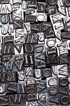 block of flats: Print, fond, letters