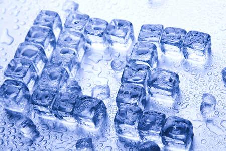 cubetti di ghiaccio: Ghiaccio  Archivio Fotografico
