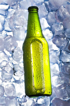 Cold beer Stock Photo - 8318071