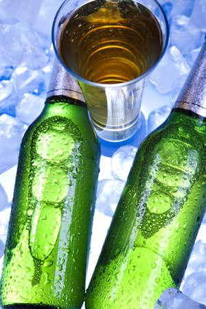 luxuriate: Beer is in ice