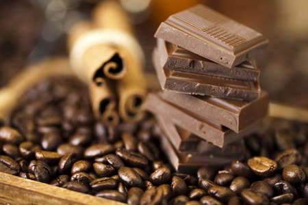 happieness: Cinnamon and Chocolate