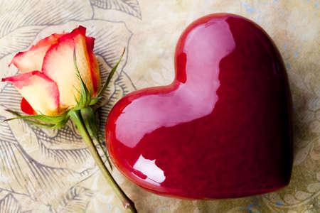 genegenheid: Valentine de dag en rose