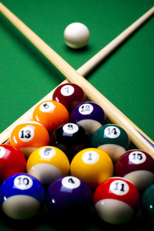 game of pool: Pool sticks cross