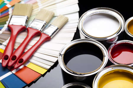 messy house: Color swatch