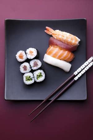 Japanese mix sushi Stock Photo - 10077298