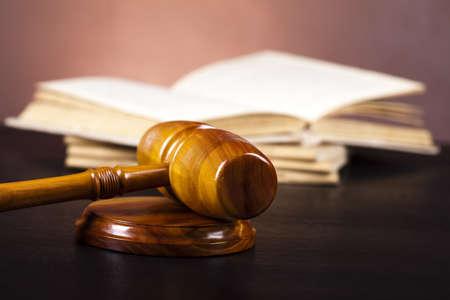 orden judicial: Martillo de juez