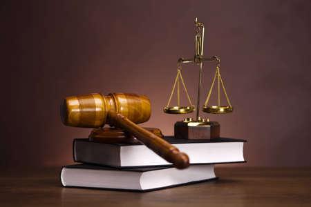 orden judicial: Mazo