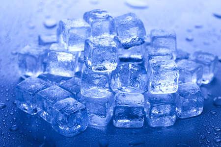 cubetti di ghiaccio: Melting cubetti di ghiaccio