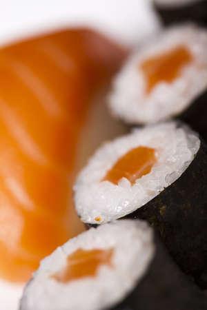 Rollos de sushi Foto de archivo - 12140728