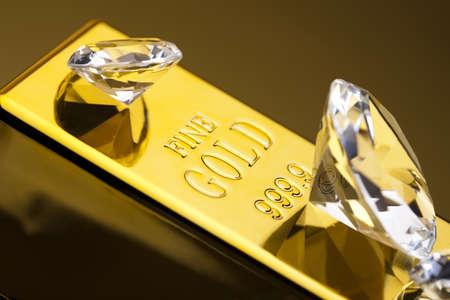 Diamond and gold photo