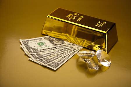 Diamond and gold Stock Photo - 13342298
