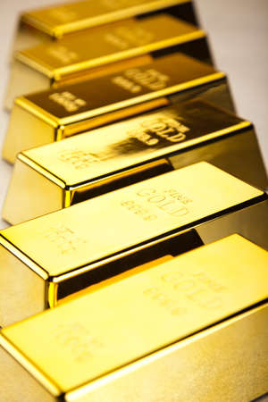 Gold bars Stock Photo - 13329918