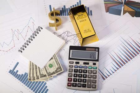 lingote de oro: Concepto de Finanzas, un bar de Oro Foto de archivo