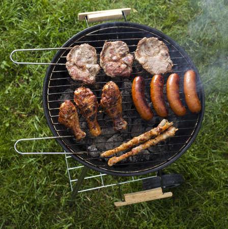 barbecue: Barbecue un soir d'�t� chaud, grillades