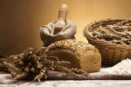whole grains: Traditional bread