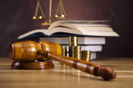 derecho penal: Justicia y Escala de Mazo