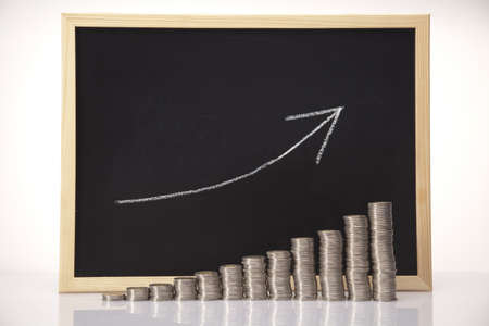 gold bar earn: Rising coin chart