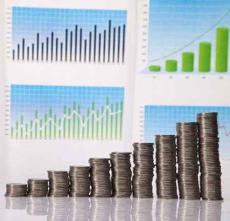 gold bar earn: Financial success concept, Coins diagram Stock Photo