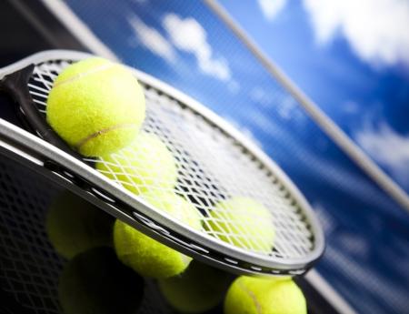 Tennis racket and balls Banque d'images
