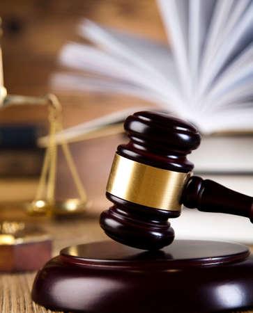 Law theme, hamer van rechter, houten hamer