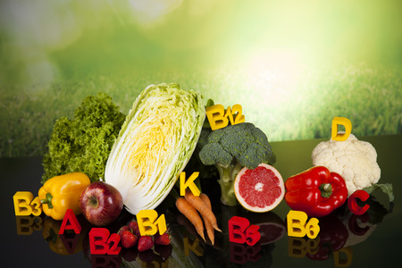 ビタミンの概念、健康とフィットネスの概念
