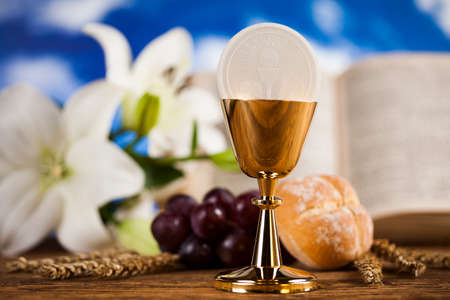 Holy Communion Bread, Wine for christianity religion Фото со стока