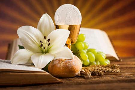 Holy Communion Bread, Wine for christianity religion Standard-Bild