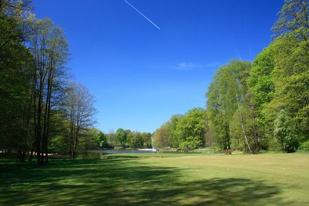 Fairway of a golf course with green Stock Photo - 953622