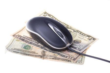 dolar: Moderno rat�n del ordenador en d�lares americanos aislados sobre un fondo blanco