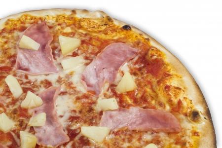 Hawai pizza italian restaurante with pineapple and prosciutto Standard-Bild