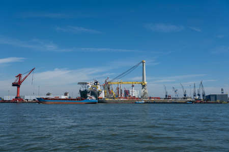 activity in the harbour of rotterdam Stock Photo