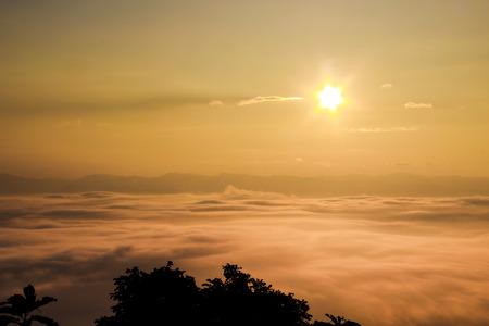 national parks: sea fog covers the mountain range - nan provinces - nan thailand - national parks nanthaburi Stock Photo