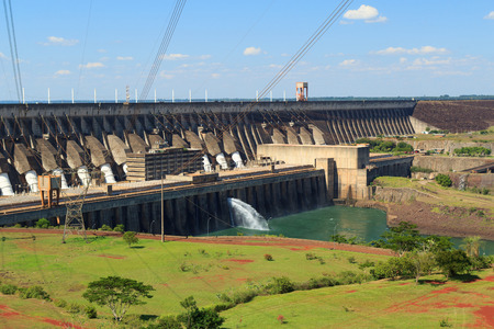 paraguay: Itaipu Dam, hydroelectric power station, Brazil, Paraguay