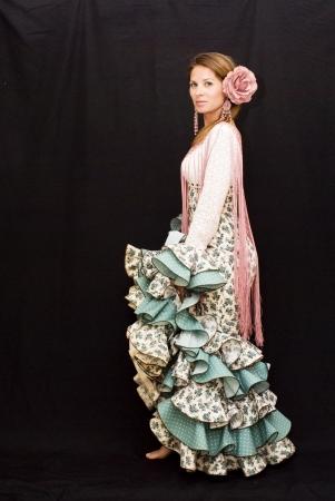 Rapariga bonita com vestido t