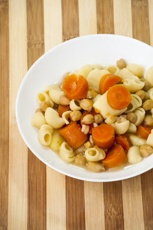 garbanzos: Vegetable soup with pasta, carrots and chickpeas