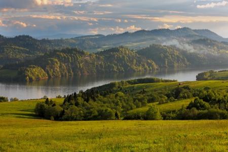 skie: Lake Czorsztyńskie Pieniny-Poland  Stock Photo