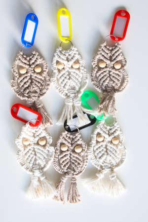 Six unique macrame hand woven owl key rings Banque d'images