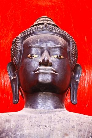 Statue buddha Stock Photo - 18326446