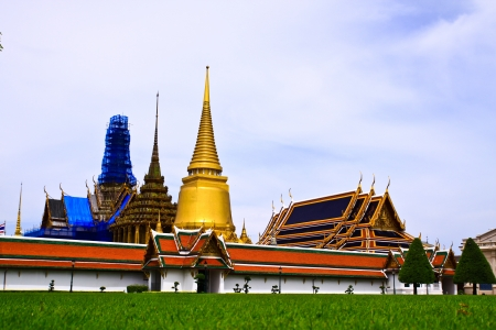 Grand palace in bangkok, thailand  Stock Photo - 19245113