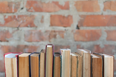 dirty old worn books,  background Imagens