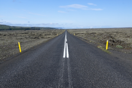 Road to nowhere - Iceland Stock Photo - 15497636