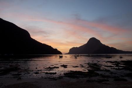 Beautiful sunset, El Nido, Palawan Stock Photo - 15276940