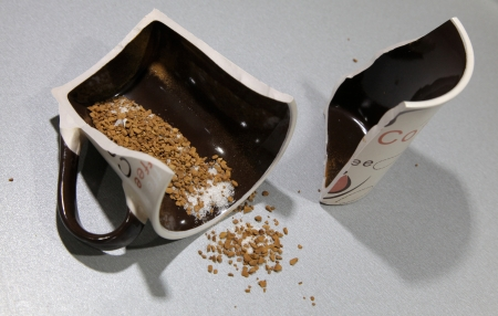 Broken coffe cup
